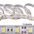 Vodotěsný LED pásek, 5m, 300 LED, Studená bílá, SMD5050